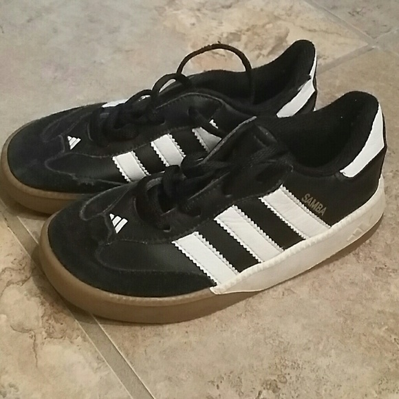 Toddler Boys Adidas Samba shoe size 10