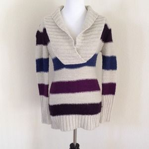 Sweaters - Reserved sweater bundle