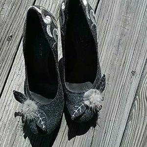 Nine West grey 40s style women's heels