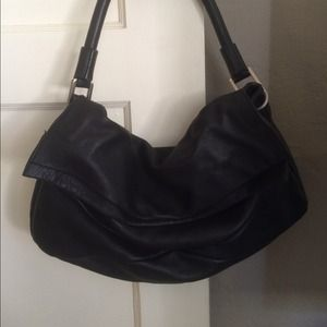 Kenneth Cole Bags - Kenneth Cole Black Leather Bag!