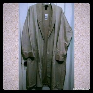💖💖SOLD💖💖 Axcess Sleepwear Robe  NWT