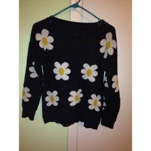 Sweaters - Daisy printed sweater