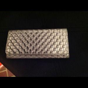 NWOT silver woven wallet