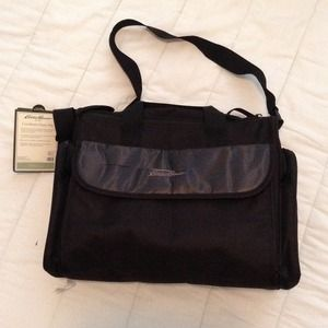50 off eddie bauer other eddie bauer quilted diaper bag from rosemary 39 s closet on poshmark. Black Bedroom Furniture Sets. Home Design Ideas
