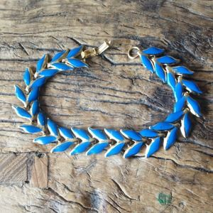 Vintage Gold and Enamel Leaf Linked Bracelet