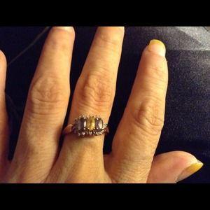 30 yr old genuine gems solid 10-14k gold ring