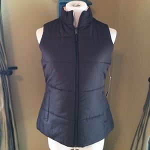 *SOLD* Perfect reversible vest in brown.