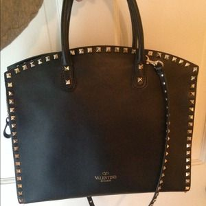 guaranteed authentic Valentino rockstud dome  bag