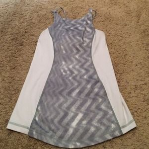 lululemon athletica Tops - Lululemon gray and white tank unsure of size 4?