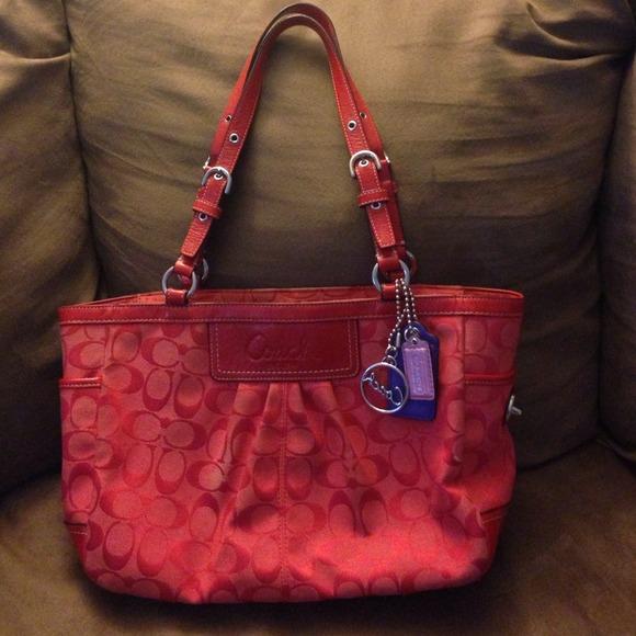 28026001b6e6 Coach Handbags - Red Coach Purse
