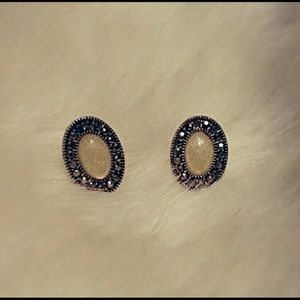 Silver and Off-White Oval Earrings
