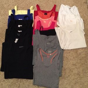 bundle Tops - Tank top bundle and heels Buy one get one free!