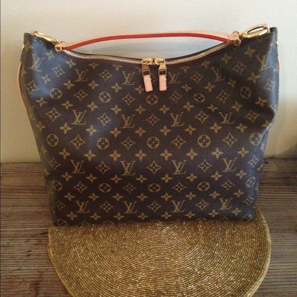 ... sully mm louis vuitton price .