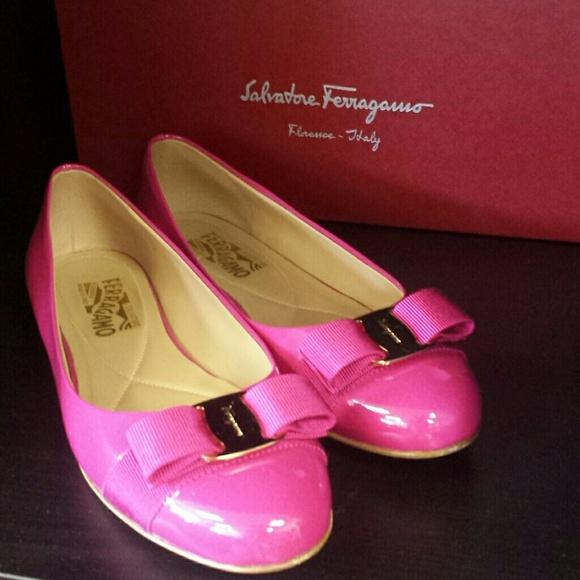 ba285186948 Ferragamo hot pink flats