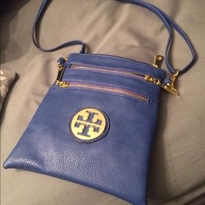 Clutches & Wallets - Blue tory burch cross body