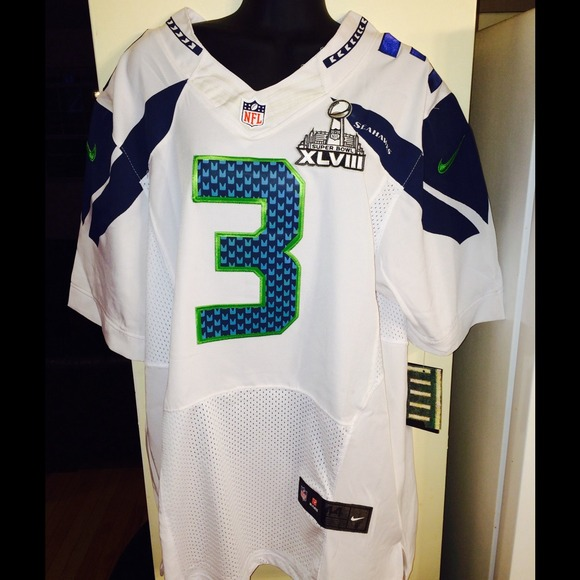 Russell Wilson Jersey w/Super Bowl Patch