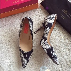 "💕2x Host pick💕Kate Spade ""LICORICE"" pump"