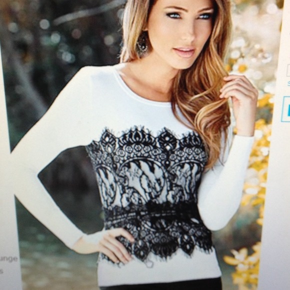 84f993653a0af White and black lace bustier tee