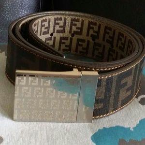 AUTHENTIC MEN FENDI belt....sz 105/42. Worn once