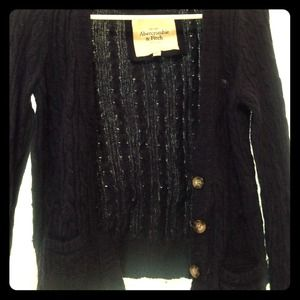 Abercrombie & Fitch navy blue cable-knit sweater