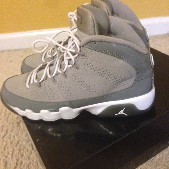 5931f3024d765e Jordan Shoes - AUTHENTIC DS Jordan Cool Grey 9s Size 6.5Y