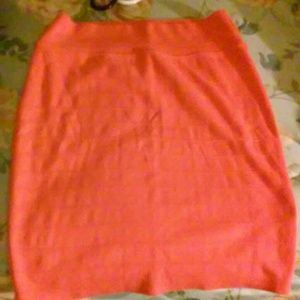 peach colored bodycon skirt