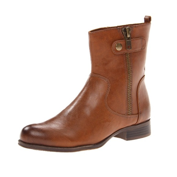 76 naturalizer boots naturalizer ankle boot from