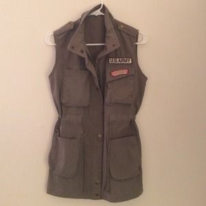 Jackets & Blazers - Army green casual vest