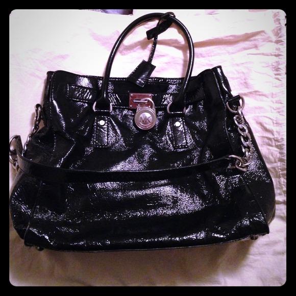 ca3d8ab1e1d811 michael kors patent leather hamilton tote beige black grayson ...