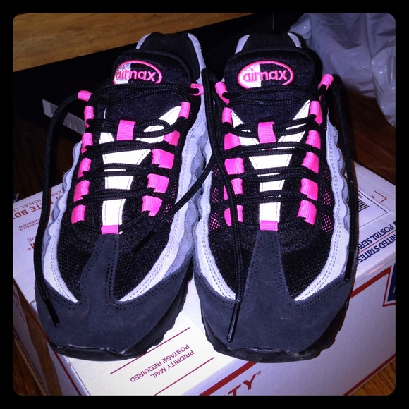 size 40 594c1 5c808 Nike Shoes - AirMax 95 hot pink black grey