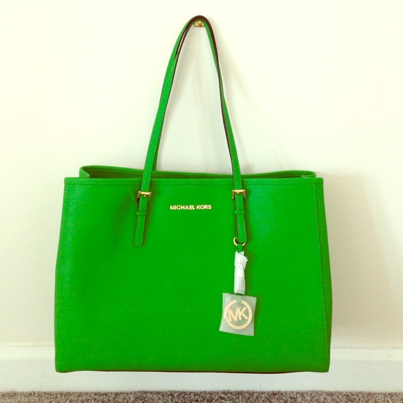 a0623db2fc49 Michael kors JET SET TRAVEL TOTE palm green