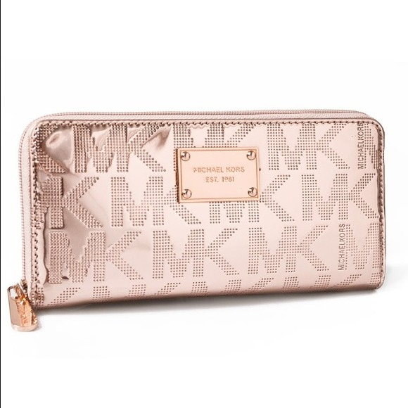 43 Off Michael Kors Clutches Amp Wallets 💲sold💲michael