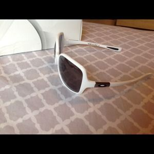 dd767cd77a Oakley Accessories - White ladies Oakley Obsessed Sunglasses