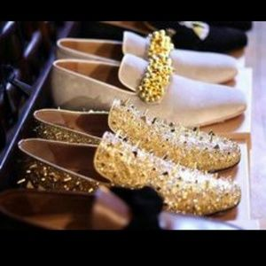 TRAFFIC Shoes - 💢Host Pick💢TRAFFIC Gold/Sparkly Spiked Loafers