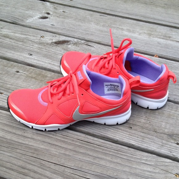 Nike Comfort Footbed size 9