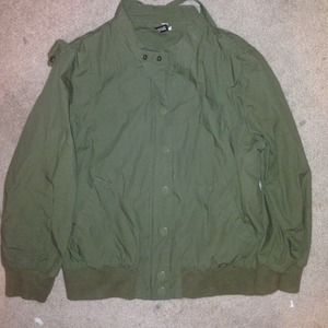 Short sleeve bomber jacket