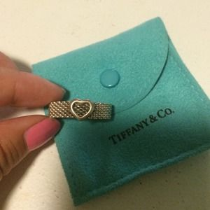 Two (2) Tiffany rings bundle