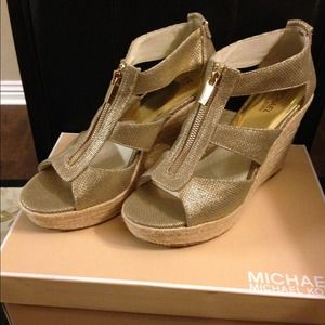 Michael Kors Gold Wedges damita Shoes 💥SALE💥