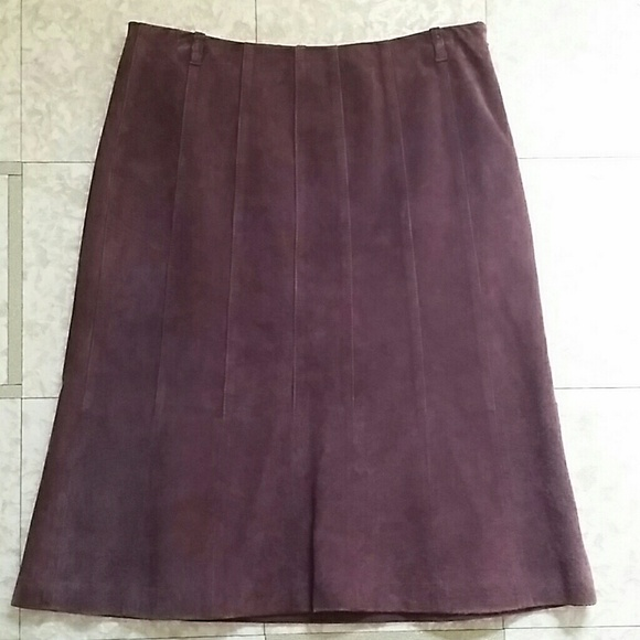 80 dresses skirts pre owned