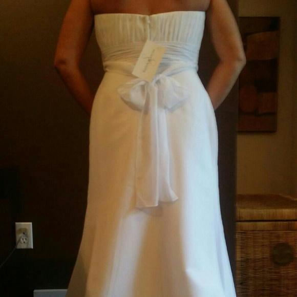 39 Off Dresses Skirts Never Worn Wedding Dress