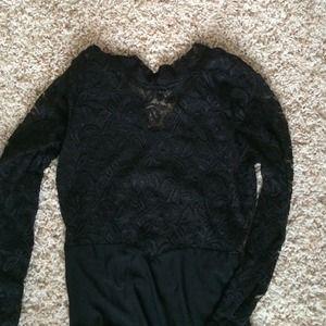 Dresses - Gorgeous black lace gown