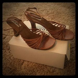 Steve Madden Natural Leather Lindsy Sandals Sz 8.5