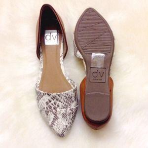c9bf4863a2c Dolce Vita Shoes - 🎉HP🎉New Dolce Vita Snake Skin Flats!