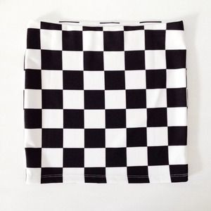 | new | checkered skirt