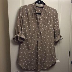 Fun 2 Fun Tops - Taupe & white polka dot tunic with tabbed sleeves