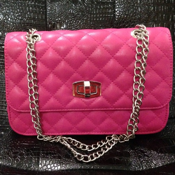 44% off Express Handbags - Express👛 Quilted chain strap shoulder ... : pink quilted bag - Adamdwight.com