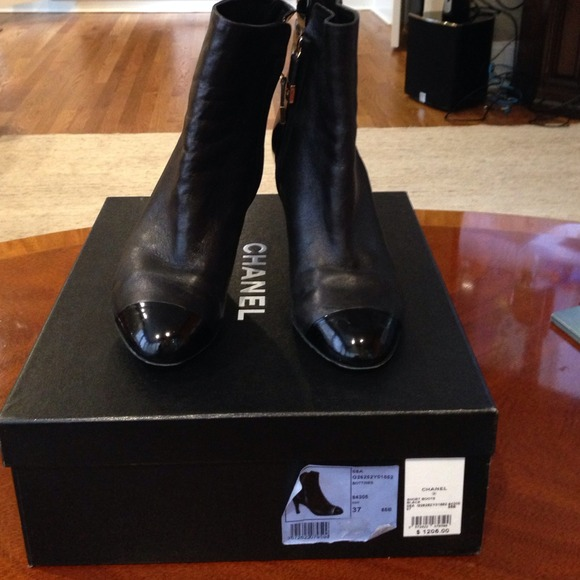 CHANEL Shoes   Authentic Chanel Short