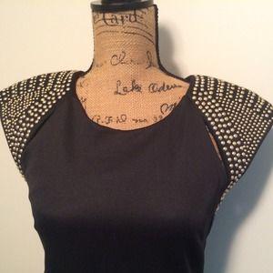 Dresses - FLASH SALE! Black Dress Gold Studded Shoulder