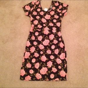 *New* Floral bodycon dress
