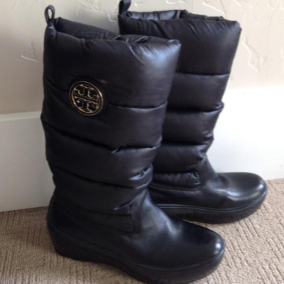 dfc6633740b Tory Burch Puffer Boots. M 5420910f4c47c00582023a5e